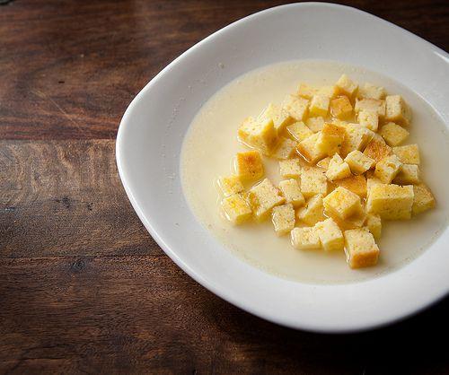 Ricetta zuppa imperiale di Bologna senza semolino.